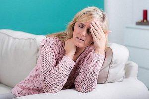 Passiflora hilft bei Wechseljahrbeschwerden wie Schlaflosigkeit, Hitzewallungen und Stimmungsschwankungen.
